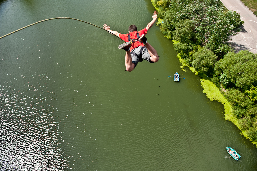 Прыжки на веревке с моста— интервью с Алексеем Синатом (Брянск)