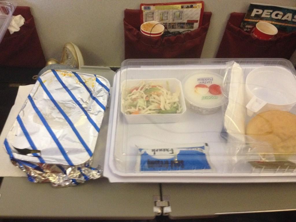 немного самолетной еды от Северного Ветра :)