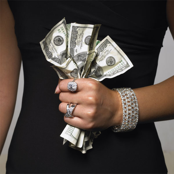 Деньги: между ангелом и бесом