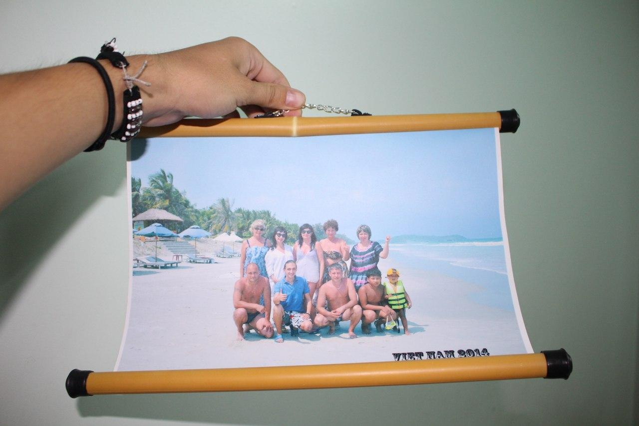 Фотокарточка с русскими туристами во Вьетнаме на память