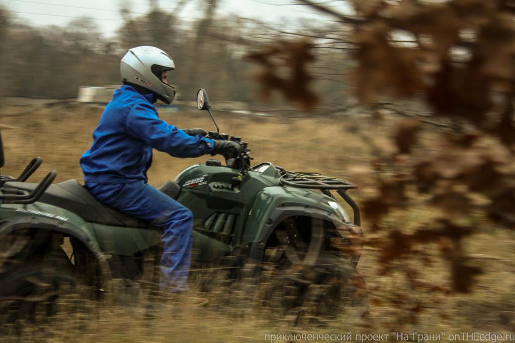 гонки-на-квадроциклах-по-грязи (38)