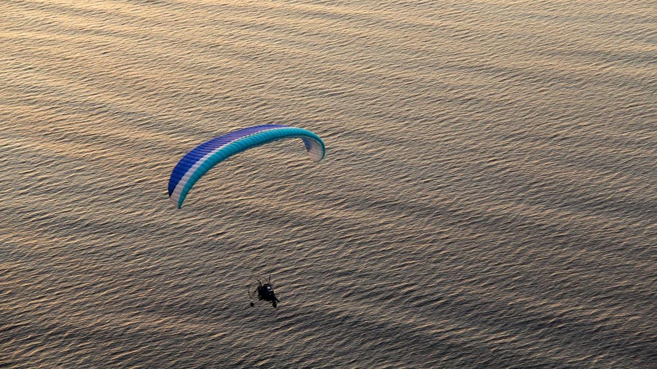 над морем