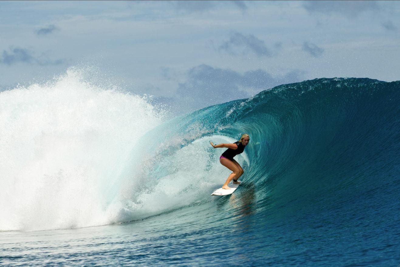 Список субъективно лучших фильмов про серфинг