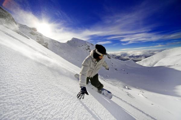 Идеи для склона: Подборка лучших трюков на сноуборде для новичков (названия, видео, как делать и тд)