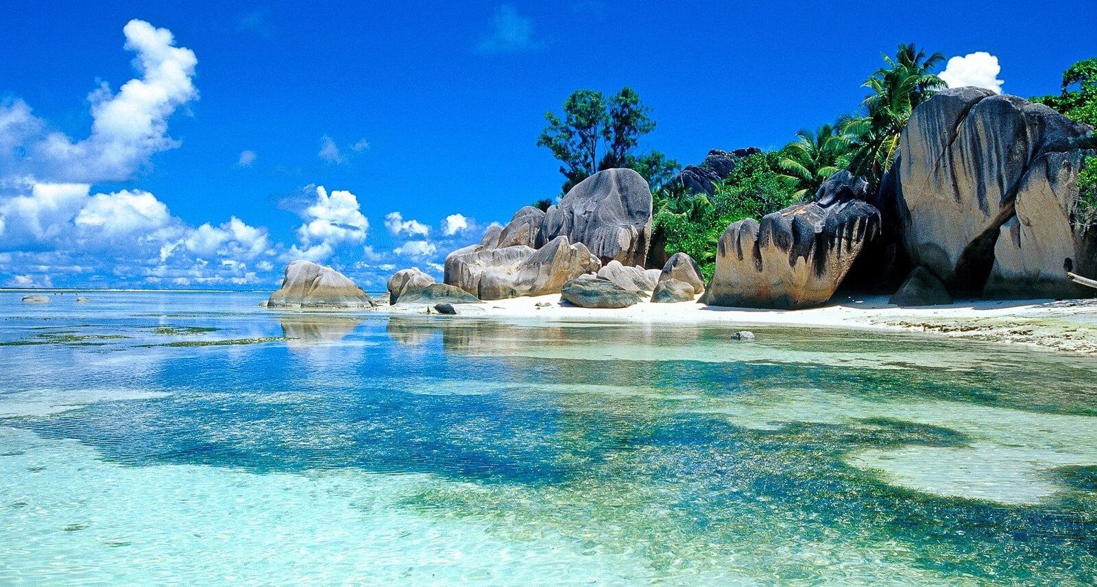 сейшелы вид с пляжа