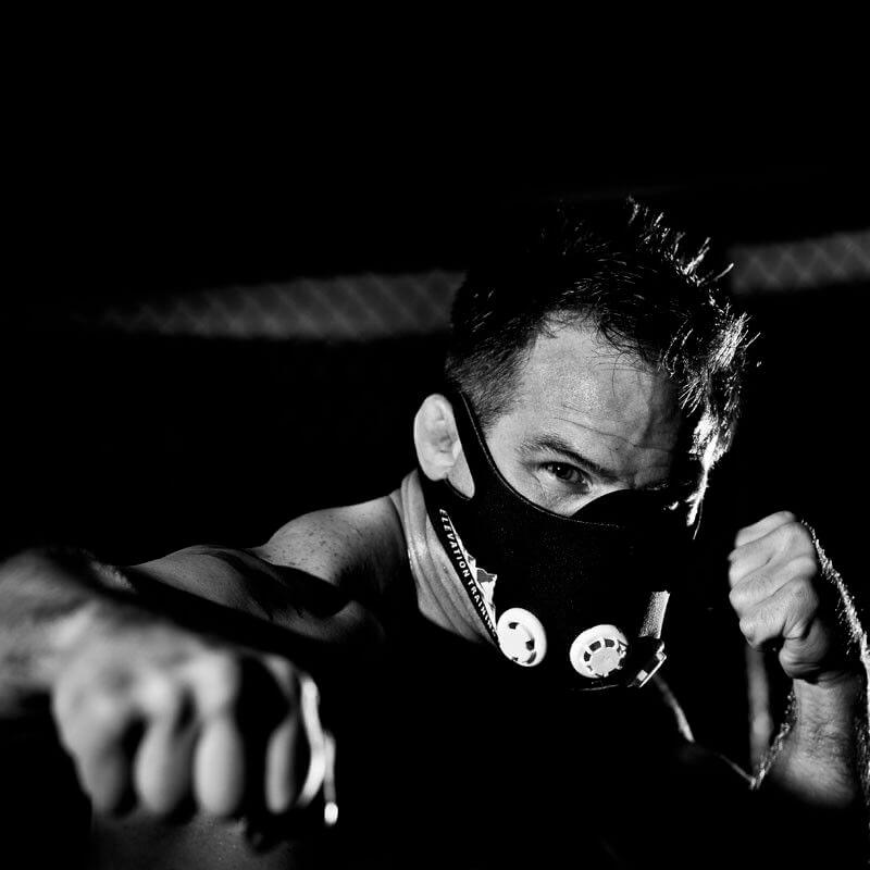 бокс в маске
