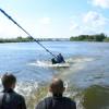 Вейксерфинг— что это такое и сложно ли прокатиться на доске по воде первый раз в жизни