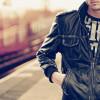 С чем стоит носить мужскую кожаную куртку?