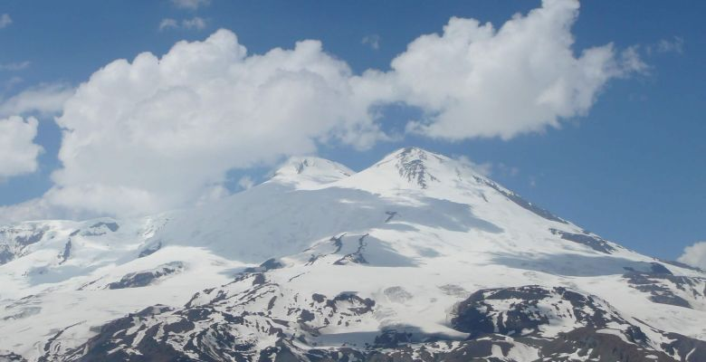 How to make a climbing to Elbrus mountain in Russia