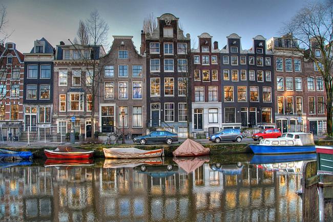 канал Амстердама