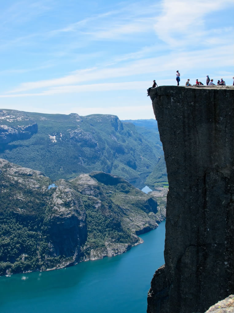08-Preikestolen-Norway