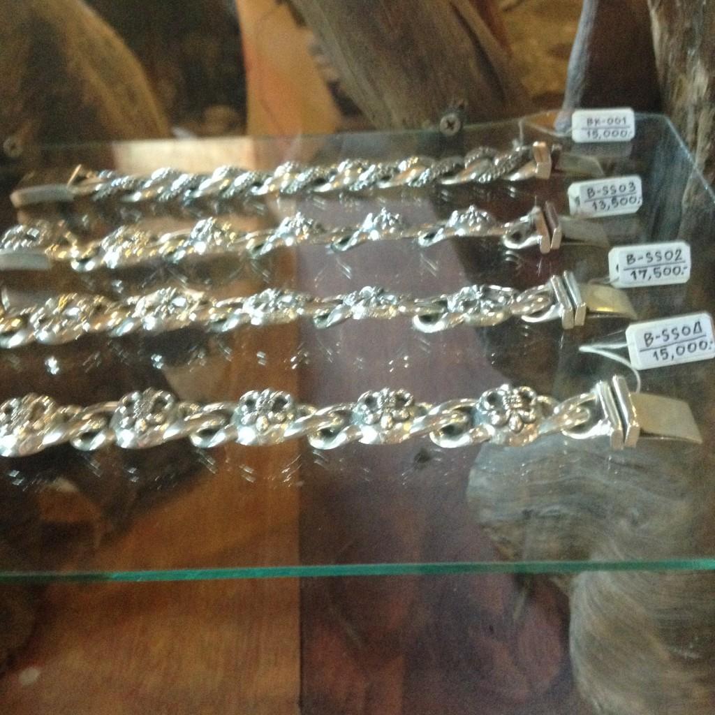 серебряный браслет на Самуи