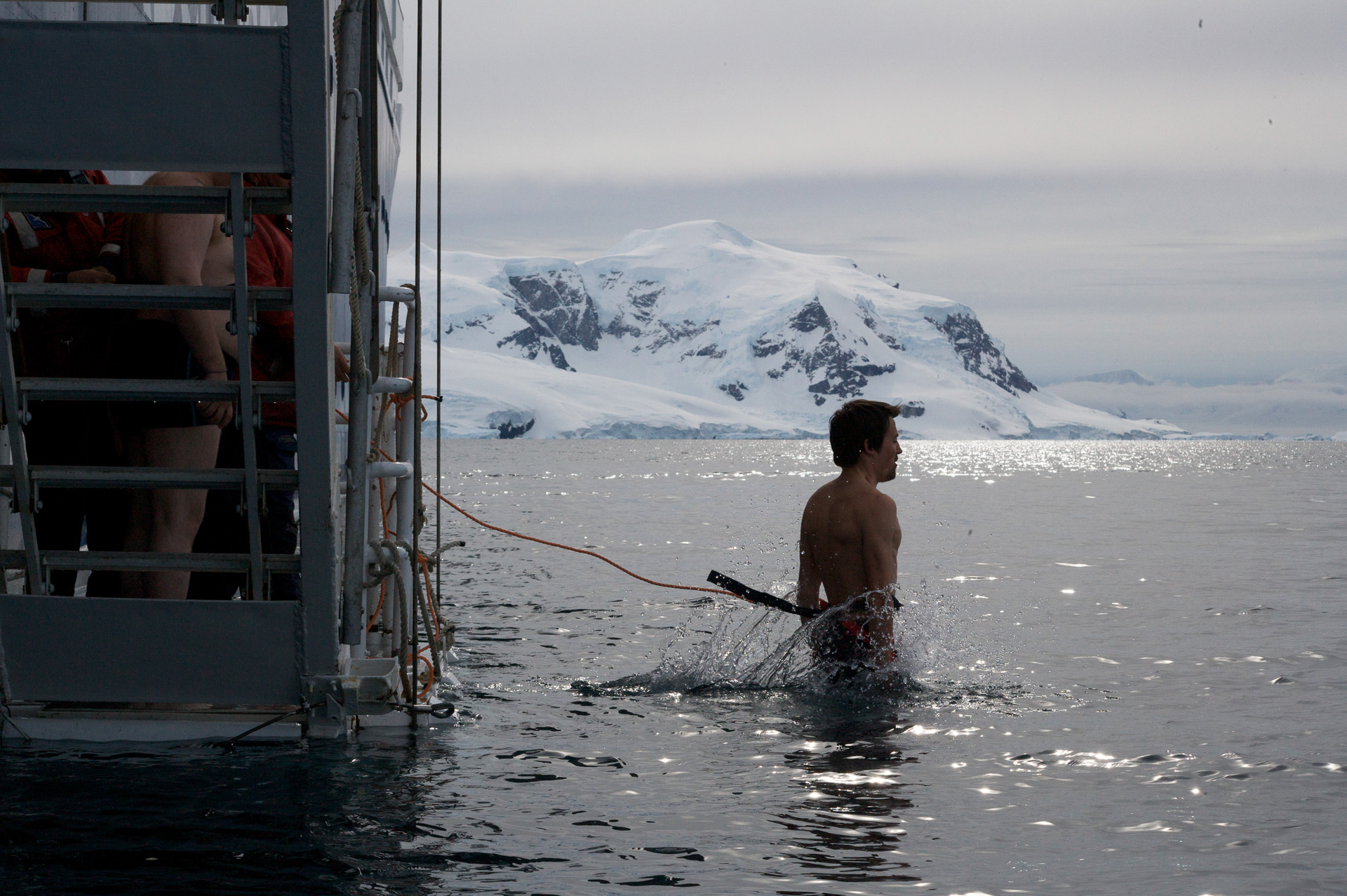 Купание в Антарктическом океане