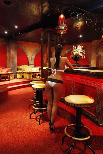 Ютуб бардели публичный дом секс порно фото 351-421