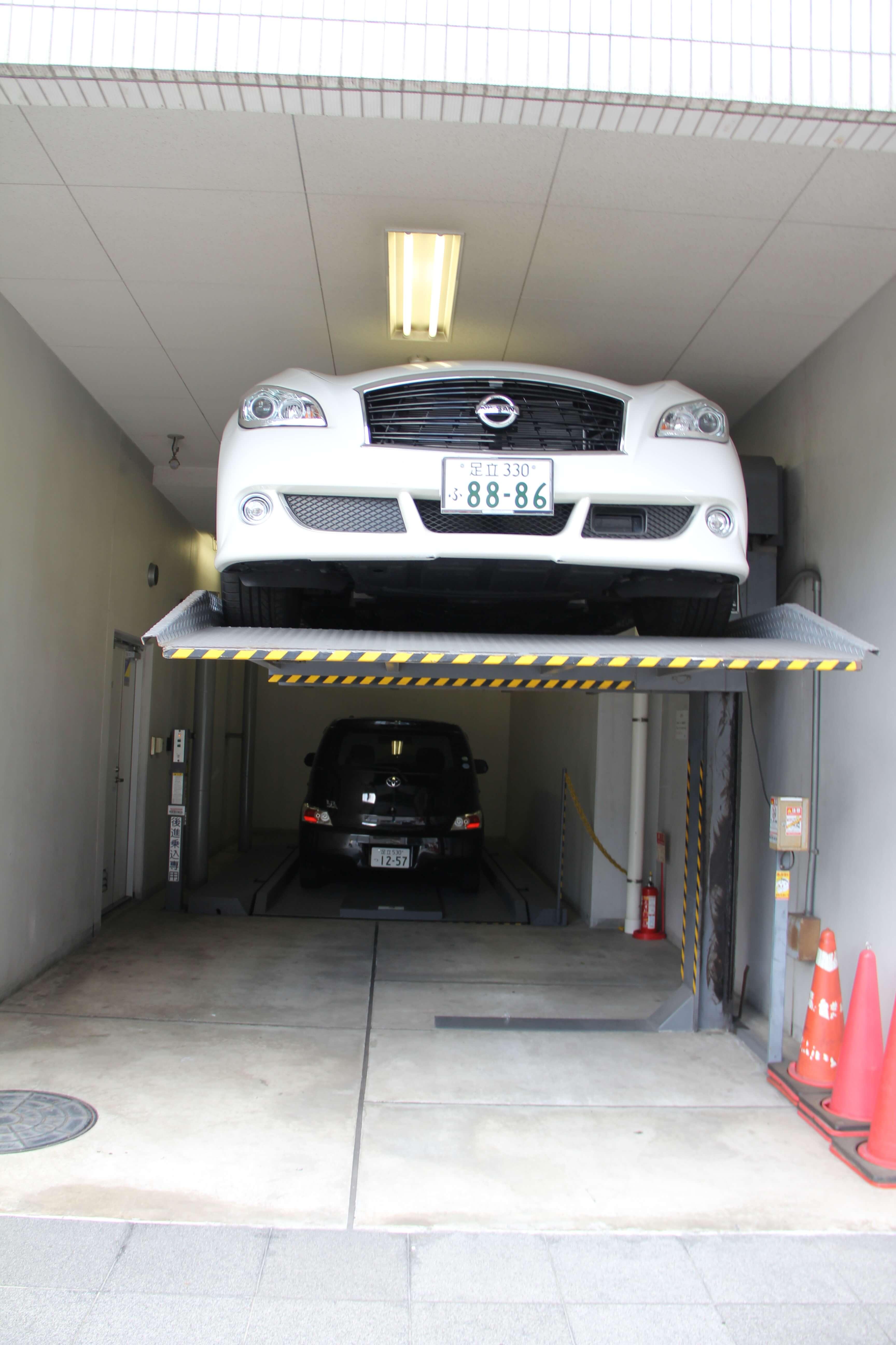 подъемник для авто в токио