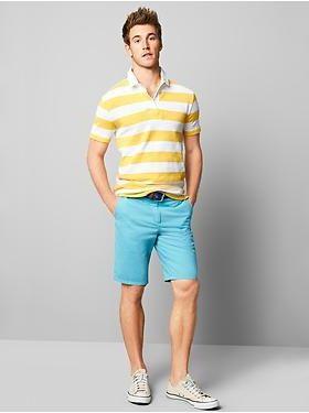 шорты на парне