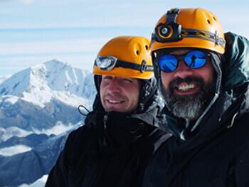альпинисты улыбаются
