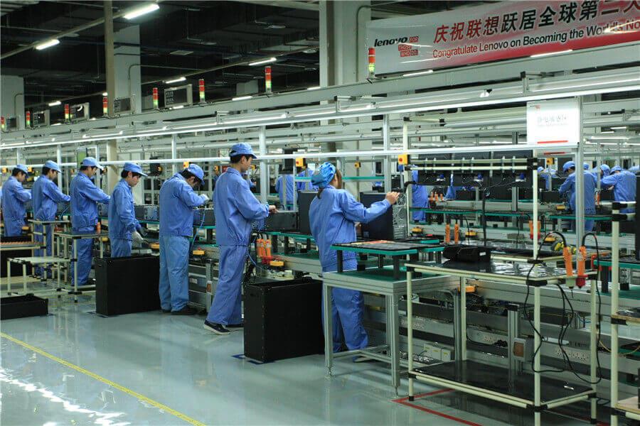 на заводе в китае