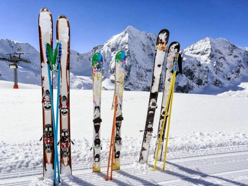 лыжи и снег