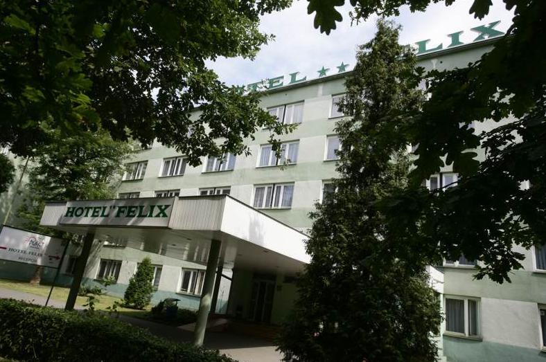 отель феликс в кракове фасад