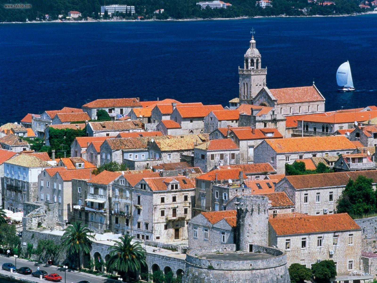 хорватия красные крыши и море