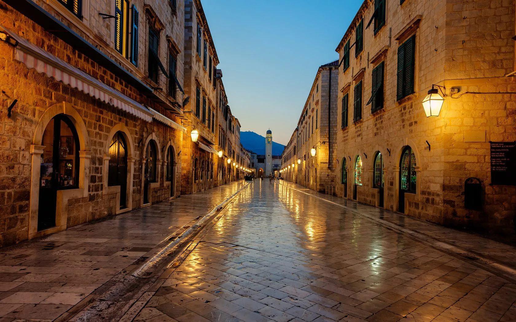 хвар старый город