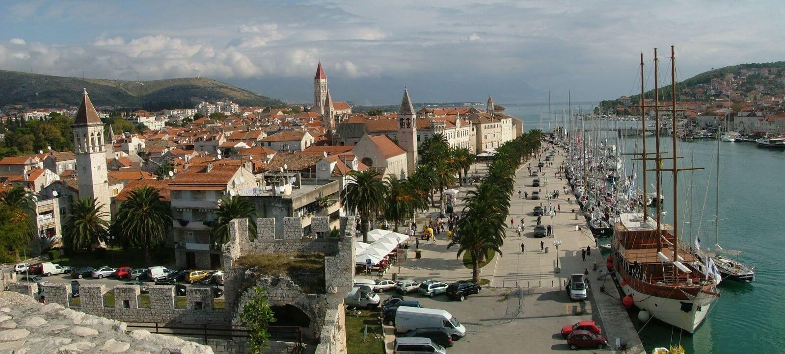порт трогир хорватия