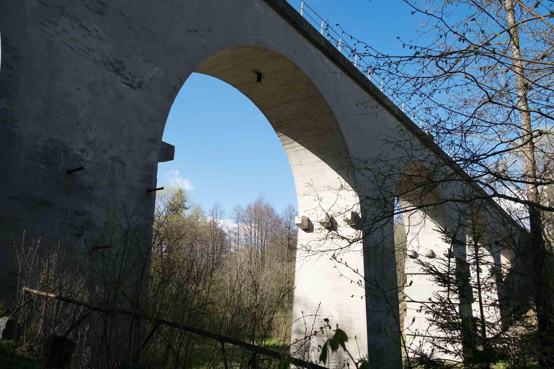 арочный мост в токаревке калининградской области
