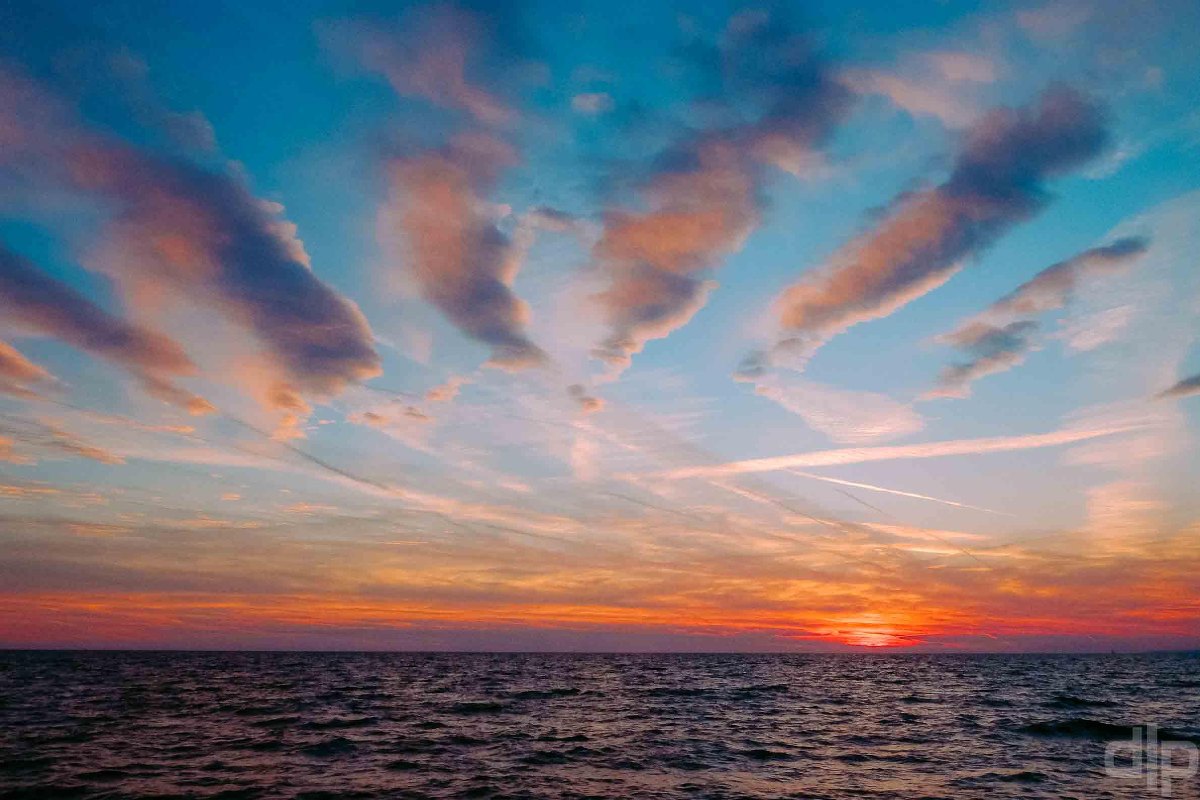закат в адриатическом море