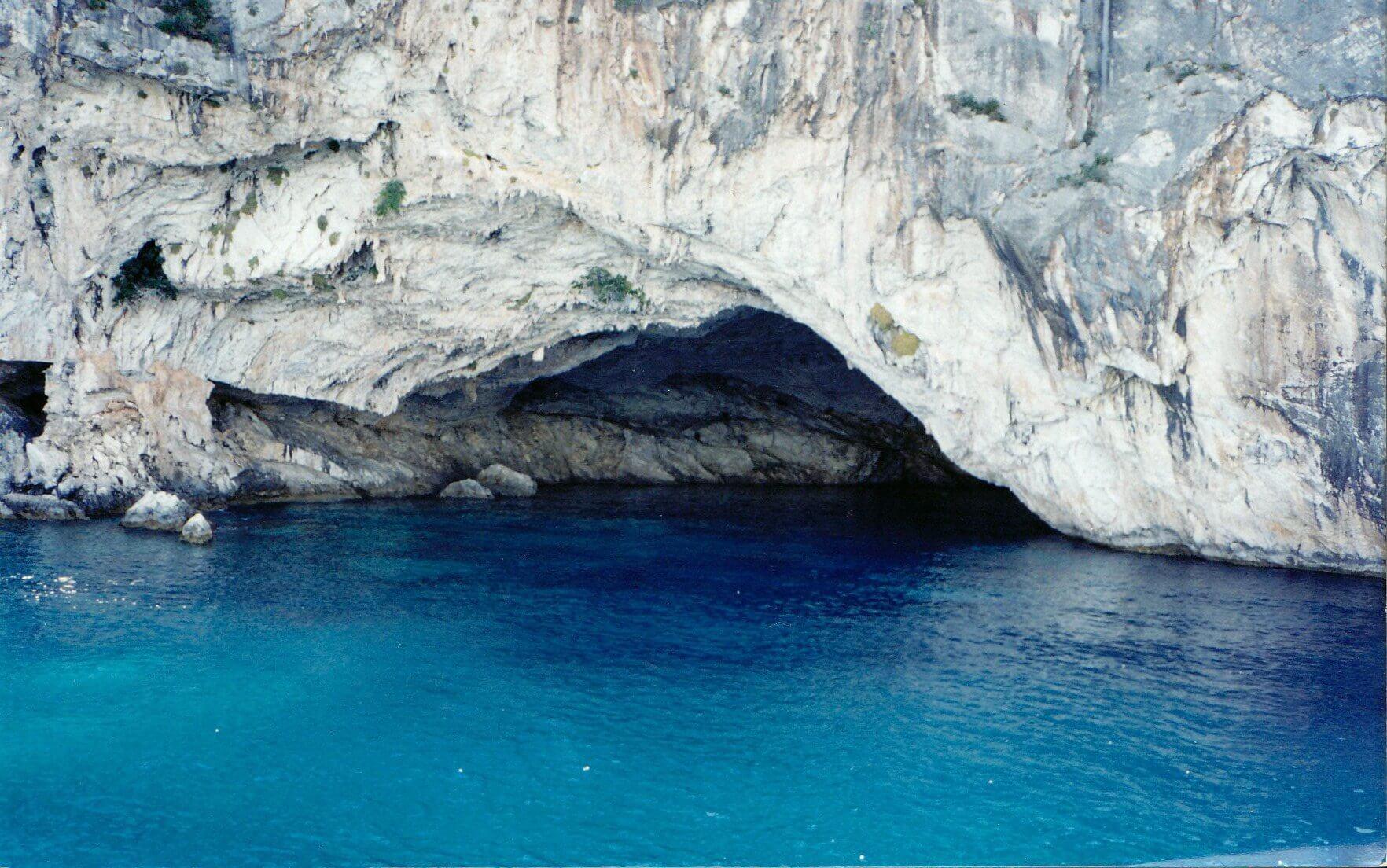 пещера на Лефкасе