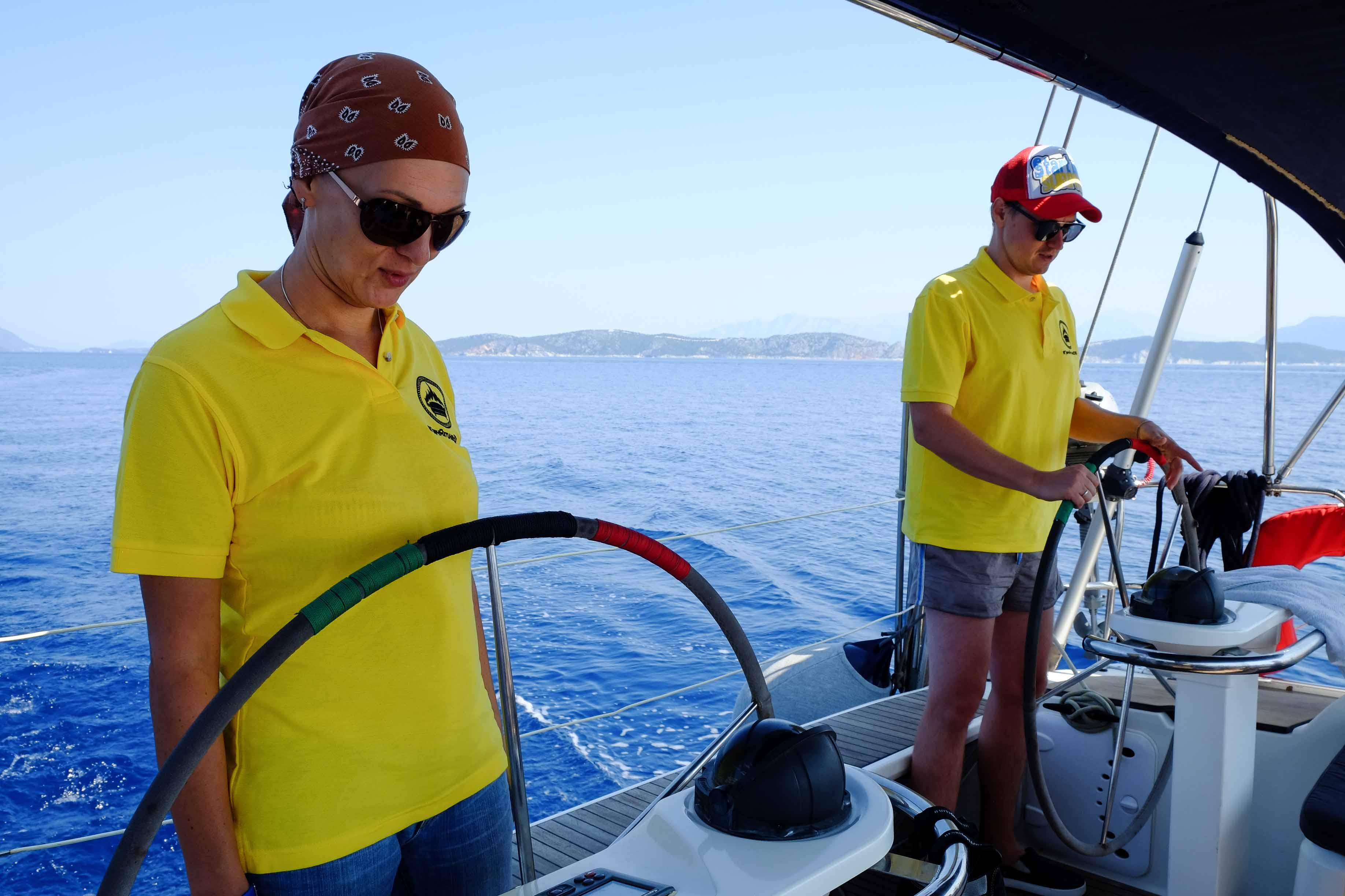 капитан яхты в греции