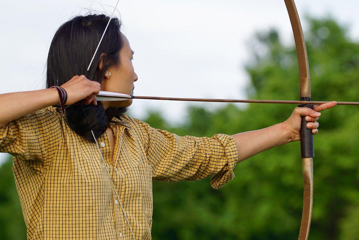 стрельба из лука по людям игра
