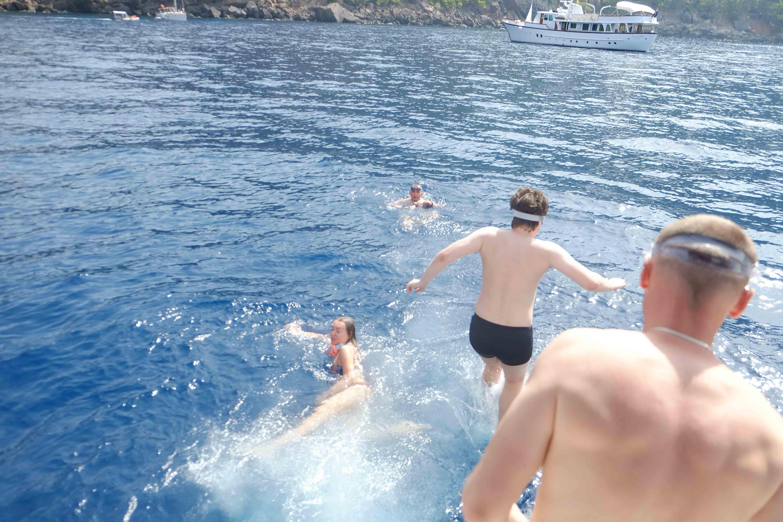 майорка купание в море