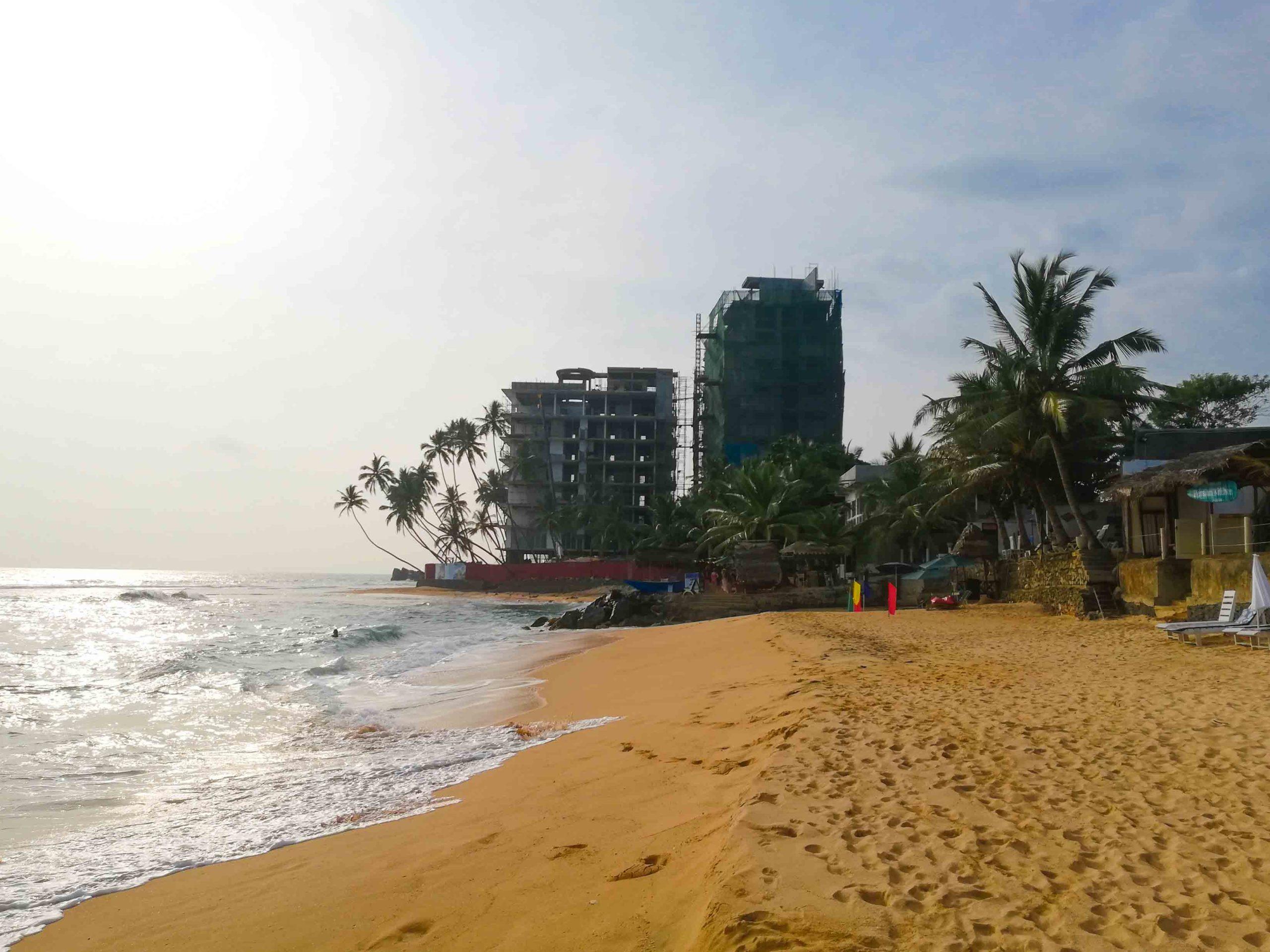 пляж михирипенна унаватуна фото